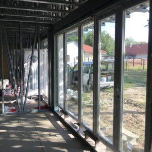 Délegyháza: új építésű ingatlan ajtó és ablak beépítése